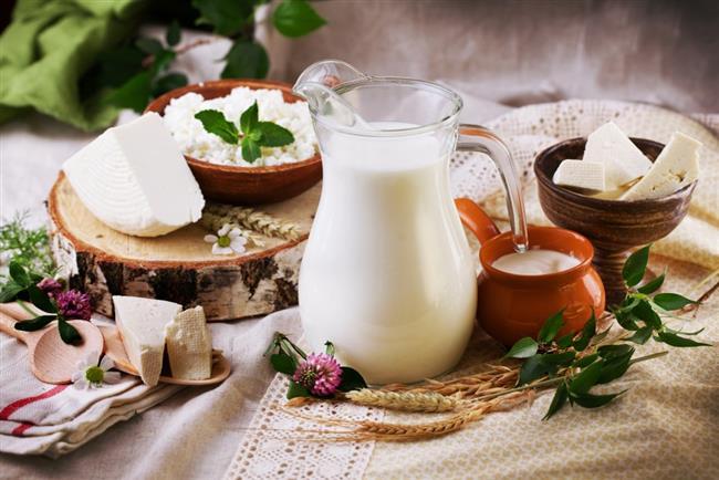 """Süt, peynir ve beyaz et organizmalarını yeniler.   <a href=  http://mahmure.hurriyet.com.tr/foto/diyet-fitness/en-pratik-25-diyet-kurali_40821 style=""""color:red; font:bold 11pt arial; text-decoration:none;""""  target=""""_blank"""">  En Pratik 25 Diyet Kuralını Görmek İçin Tıklayınız!"""