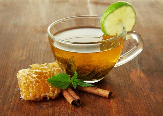 Ihlamur Çayı  Malzemeler; 1 kahve fincanı ıhlamur bitkisi 1 fincan su  Tarif:  Suyu kaynattıktan sonra ıhlamuru suyun içine atın daha sonra süzüp içmeye hazır hale getirebilirsiniz.
