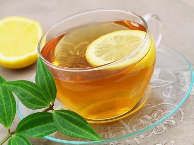 Sonrasında şeker veya tatlandırıcı eklenmeyecek sadece çok ince bir dilim limonla içilecek. Yemeklerden biraz sonra da içebilirsiniz. Akşam mümkün olduğunca erken yenilecek.