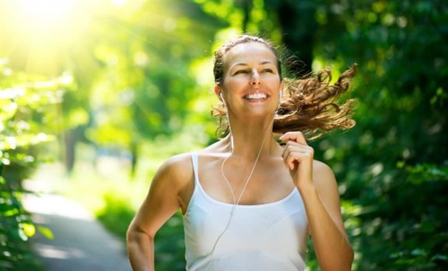 Sabah ise erken kalkmak önemli çünkü erken kalktığınızda metabolizma hızlanır, sabah sporu ise vücudu canlandırır, harekete geçirir.