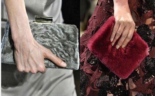 Sezonun en iddialı çanta modelleri arasında kadife çantalar ise sezona damga vurmuş vaziyettedir.