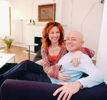 Bir bebek sahibi de olan çiftin cephesinden kısa bir süre önce şaşırtan bir haber geldi.. Türkay ve eşi boşanmaya karar vermişti.