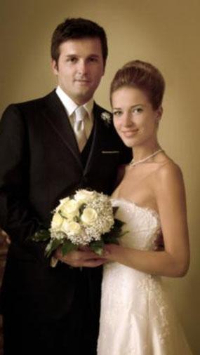 Ekranların başarılı spor spikeri Burcu Esmersoy'un İtalyan Massimo Cusimano ile evliliği kelimenin tam anlamıyla peri masalı gibi başladı..