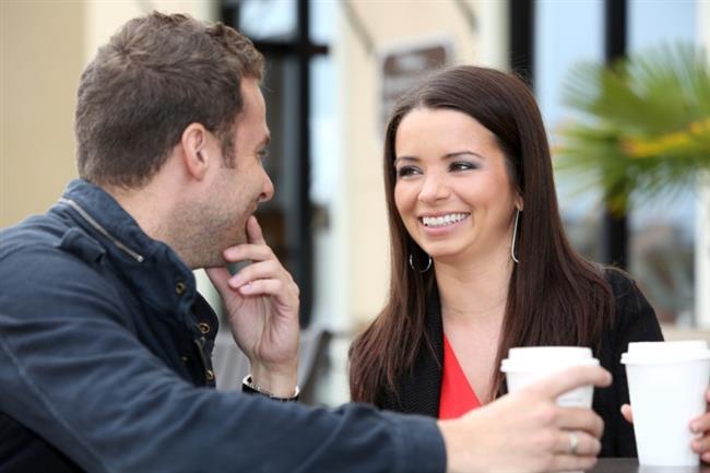 Terazi Burcu:  İlk randevuda Terazi burcunu etkilemek için neşeli, canlı olun ve sohbetlerinizi güncel konulara getirin. Günlük ya da sosyal konular Terazilerin ilgisini çekebilir.