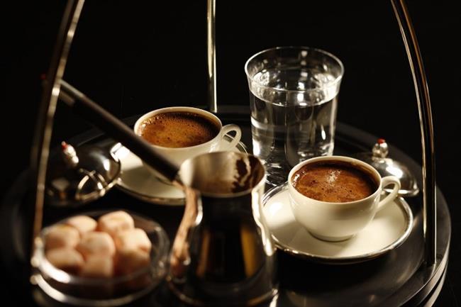 Ancak oksalatın sadece kahvede değil, birçok besinde bulunduğunu da unutmamak gerekiyor.