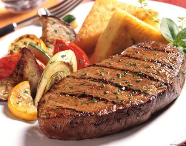 BİFTEK:  Bağımlılık yapan gıdalar listesinden payını alan bir diğer gıda ise biftek. Kimse onu buraya yakıştıramasa da, evet; biftek de bağımlılık yapıyor.
