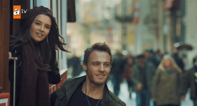 Yakında ekranlara gelecek olan dizisiyle hayranlarını heyecanlandıran Kerem Bürsin dizide Leyla Lydia Tuğutlu'yla aşk yaşayan bir çifti canlandıracaklar.