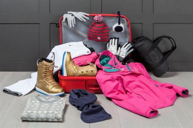 Özellikle soğuk bölgelere yolculuk ederken, sizi sıcak tutacak çamaşırlar ve giysiler bulundurmanız gerektiğini unutmamalısınız. Eğer gideceğiniz yerde birkaç gün kalacaksanız fazla da abartmadan soğuktan donmayacağınız bir valiz hazırlamanız gerekir.   Yanınıza gereken herşeyi aldığınızdan emin olursanız, yolculuğun tadını çıkartmanız da kolaylaşır. Böylesi bir bavulu hazırlamanın ilk adımı neye ihtiyacınız olduğunu iyice gözden geçirmektir. işte size bu konuda yardımcı olacak bir liste.