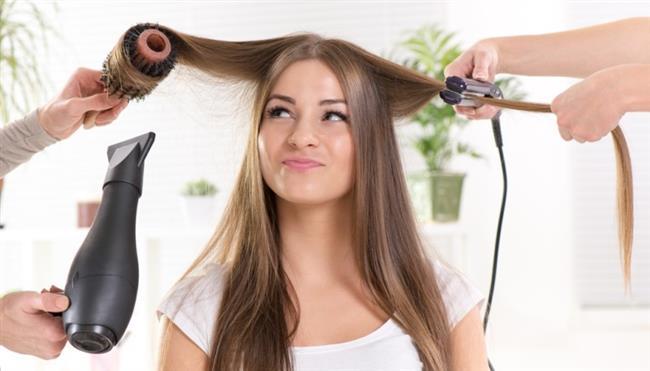 Çok fazla fön makinesi kullanmak da saçlarda kuruma ve kırılmaya sebep olacağından sık sık fön çektirmekten uzak durulmalıdır. Fön makinesinden bir süre uzak kaldığınızda saçlarınızdaki değişimi farkedeceksiniz.