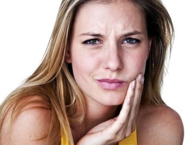 Dişinizde soğuk ile başlayan ağrılar hissederseniz dişinizde ki çürüğün ilerlediği anlamına gelmektedir. Bu dişinizi kanal tedavisine gerek olmadan tedavi etmek için önemli bir uyarıdır.