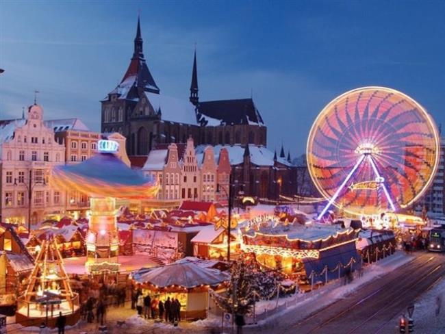 Amsterdam, Hollanda    Dünyanın en özgür şehirlerinden Amsterdam gece hayatı oldukça renkli. Binlerce kanaldan oluşan kentte vakit gece yarısına yaklaştığında her bir köşeden havai fişek sesleri yükseliyor. Dam, Leidsplein gibi meydanlar eğlenmek için gelen kişilerle dolarken; kafe, bar ve gece kulüplerinde özel programlar düzenleniyor.
