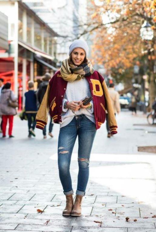 Spor parçalarla oluşturulmuş bir  kış modası. Pantolondan  vazgeçemeyenler için çok ama çok tatlı bir trend.