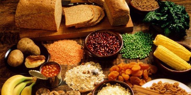 Öğle ve akşam yemeklerinde besin değeri yüksek protein, lif kaynağı besinler tüketmeye çalışın.
