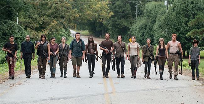Böylesine fantastik bir dizi ülkemize uyarlanıyor diyelim. Hangi oyuncuları bu dizinin karakterlerine layık görürdünüz?  The Walking Dead dizisinde oynayabilecek Türk ünlüler kimler olurdu derlemeye çalıştık.