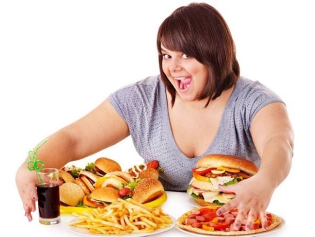 Aşırı Aktif Mesanenizi Kontrol Altına Almak İçin…  • Obeziteden kaçının. Sağlıklı kilonuzu korumaya çalışın.  • Sigara ve tütün mamüllerini hayatınızdan çıkarın.  • Kabızlık problemi aşırı aktif mesane problemini tetikler. Bu nedenle lifli gıdalar tüketin..  • Akşam saatlerinde sulu meyve ve sebze tüketimden kaçının.