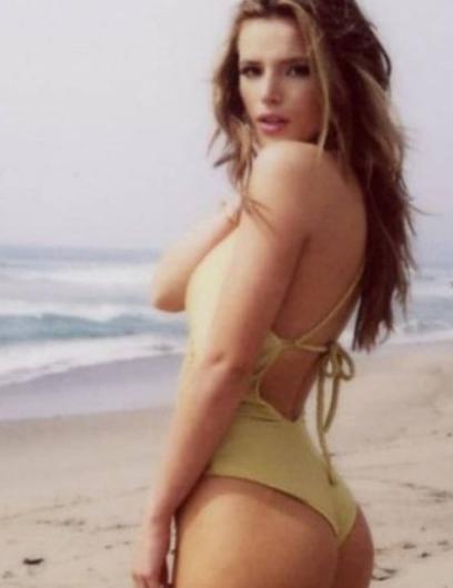 Bella Thorne'un tatil paylaşımı.