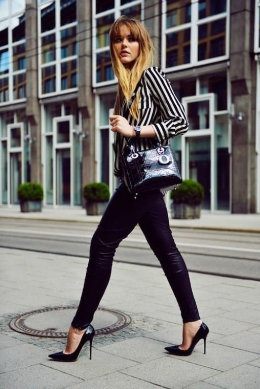 Deri jogger pantolon arasında en fazla tercih edilen renk ise siyah.