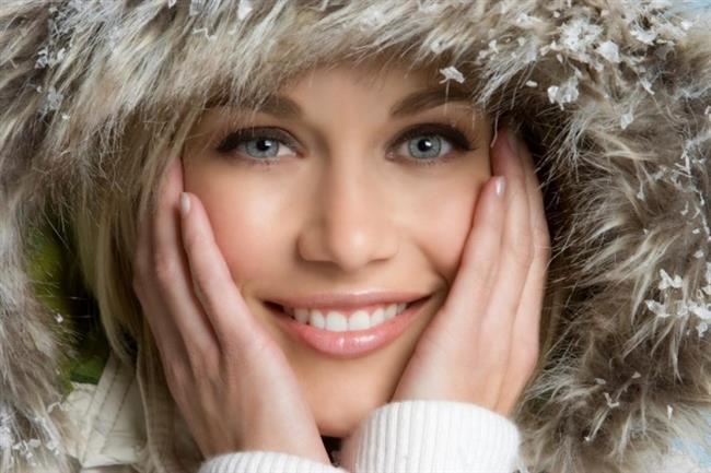 Kar yağışı ve soğuk havalar cildimizin ne yazık ki en büyük düşmanı. Kar yağışını çok sevsekte cildimizi korumalıyız.Cilt kremleri ile cildinizi yumuşatıp besleyebilirsiniz.