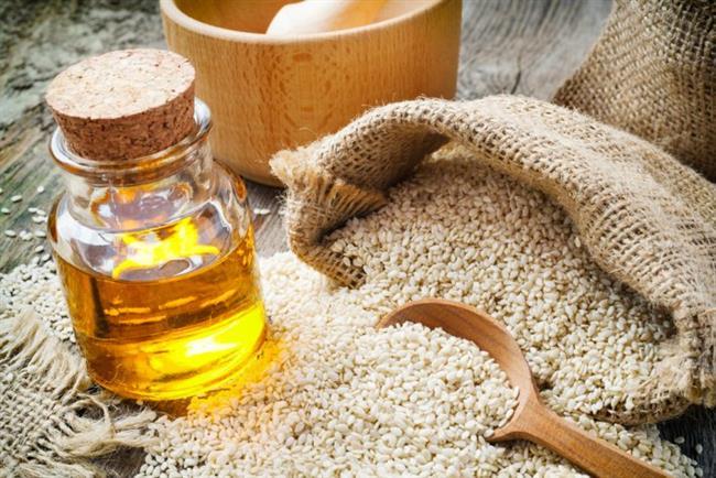 Susam yağı : Cildi besler. E vitamini, protein, mineral ve aminoasit içerir.