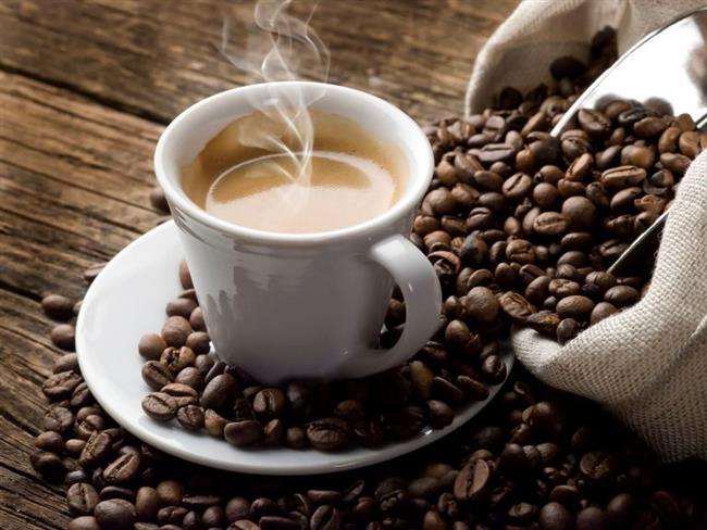 • Çay ve kahveden vazgeçmeyenlerdenseniz şeker yerine pekmez, bal gibi tatlandırıcıları kullanmayı deneyin. • Alkol, sigara ve katkı maddelerinden uzak durun.