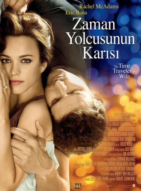 The Time Traveler's Wife (Zaman Yolcusunun Karısı) (2009):  Paralel kurgu ile örülü film zaman yolculuğu hikâyesini, aşk üzerinden işliyor. Farklı zaman dilimleri nedeniyle kavuşamayan âşıkları merkeze alan film, aşkın kavuşulamadığı zaman güç kazanacağını ve kalıcı olacağını vurguluyor. Pek de yalan sayılmaz! Aşkı engellerle donatan yönetmen, bilim kurgu mitini aşk ile yumuşatıyor. Bu filmi bilim kurgu diye izlememezlik yapmayın, çünkü yoğun duyguları bir arada yaşayabileceğiniz bir film, hele Sevgiler Gününde izliyorsanız, tam filmin içine öyle bir gireceksiniz ki, tekrar çıkmanız zor olabilir.