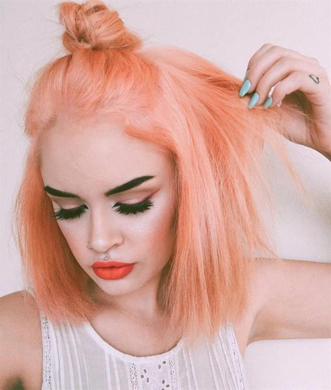 Blorange saç rengi bilinenin aksine günlük kullanımda da oldukça havalı bir görünüm oluşturmaktadır.