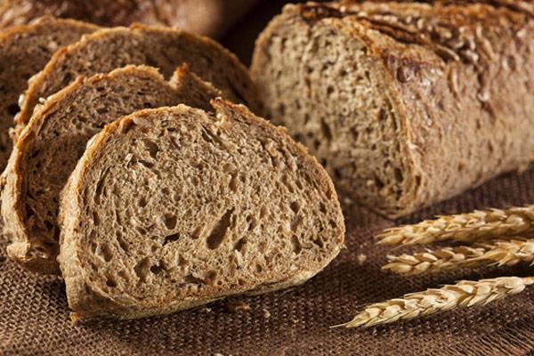 Beyazlatılmış tahılların yerine saflaştırılmamış tahıl ürünlerini tercih ediniz. Örneğin; beyaz ekmek yerine tam buğdaydan yapılan esmer ekmek, pirinç yerine bulgur tüketebilirsiniz.