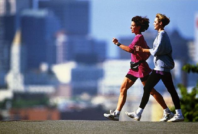 Haftada en az 3 gün ve her seferinde de 30 dakikalık aktivite yapmaya çalışmalısınız.