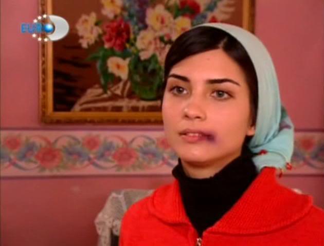 Tuğba Büyüküstün - Sultan Makamı (2003)