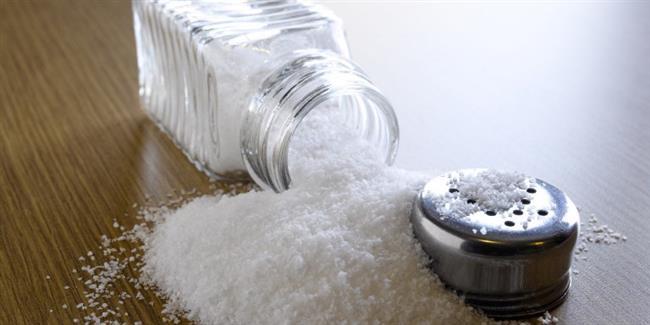 Amerika Birleşik Devletleri'nde, tuz terapisi, kaplıcalarda ve diğer sağlıklı yaşam işletmelerinde yaygın olarak bilinmekte ve takdir edilmektedir. Tuz, antibakteriyel, anti-fungal ve anti-mikrobik özellikleriyle de bilinir.   Ev Yoğurdu Tüketirseniz...