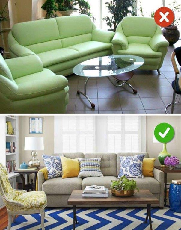 Tek Tip Mobilya  Kıyafetler gibi mobilyalarda da tek tip tek renk modası artık geçti. Farklı renkler ve desenlerde mobilyaları bir arada kullanmalısınız. Açık renklerde olan koltuk takımına daha renkli farklı desenlerde yastıklar almalısınız.