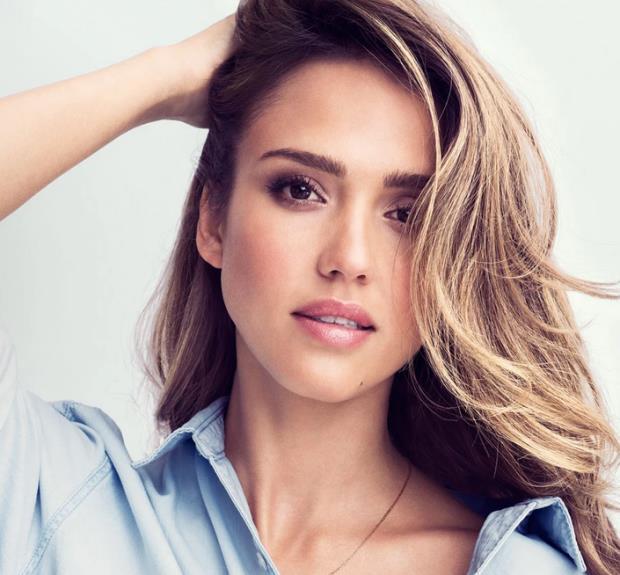 JESICA ALBA  Güzel oyuncu tam bir temizlik hastası, temizlik ve hijyen konusunda ciddi takıntıları var.