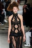 Modanın Yeni Gözdesi: Şeffaf Elbiseler - 4