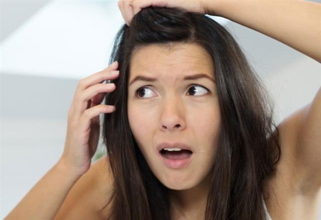 Banyo zamanında hatta son saç durulmasında elma sirkesi ile saçlarınıza masaj yaparak son durulamayı gerçekleştirin. Ancak elma sirkesi yaklaşık 5 dakika boyunca saçınızda kalsın.