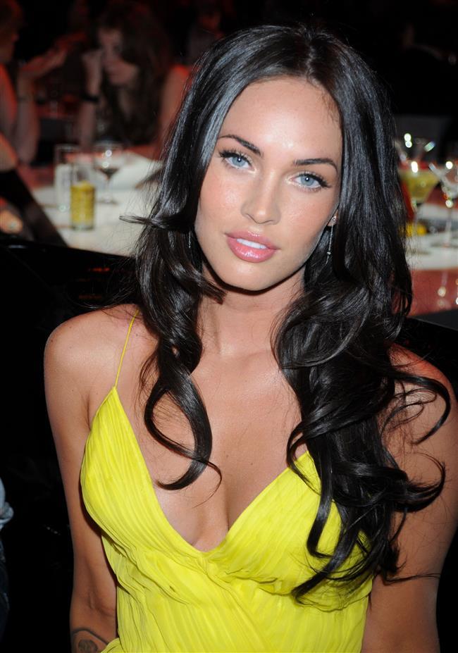 Megan Fox ve Brian Austin Green'in aralarında eş değiştirme anlaşması yaptıklarını iddia eden söylentiler var...