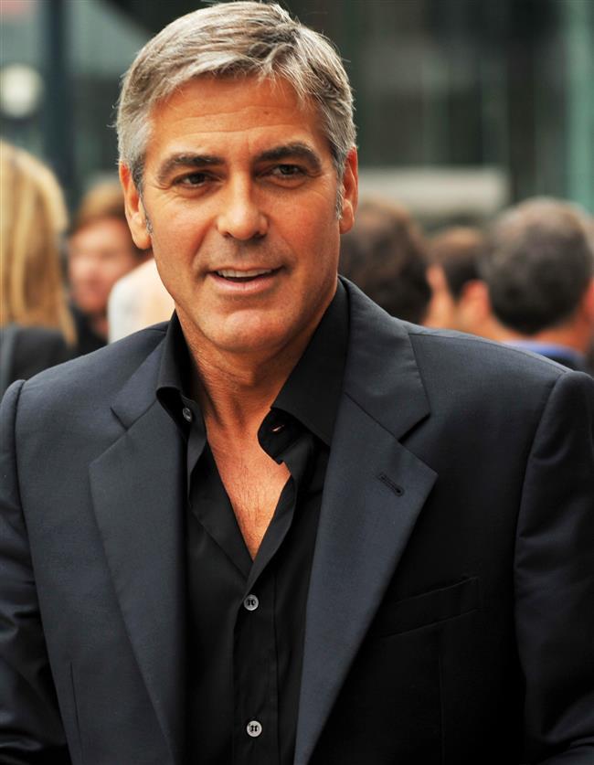 İddiaya göre George Clooney de bir swinger.