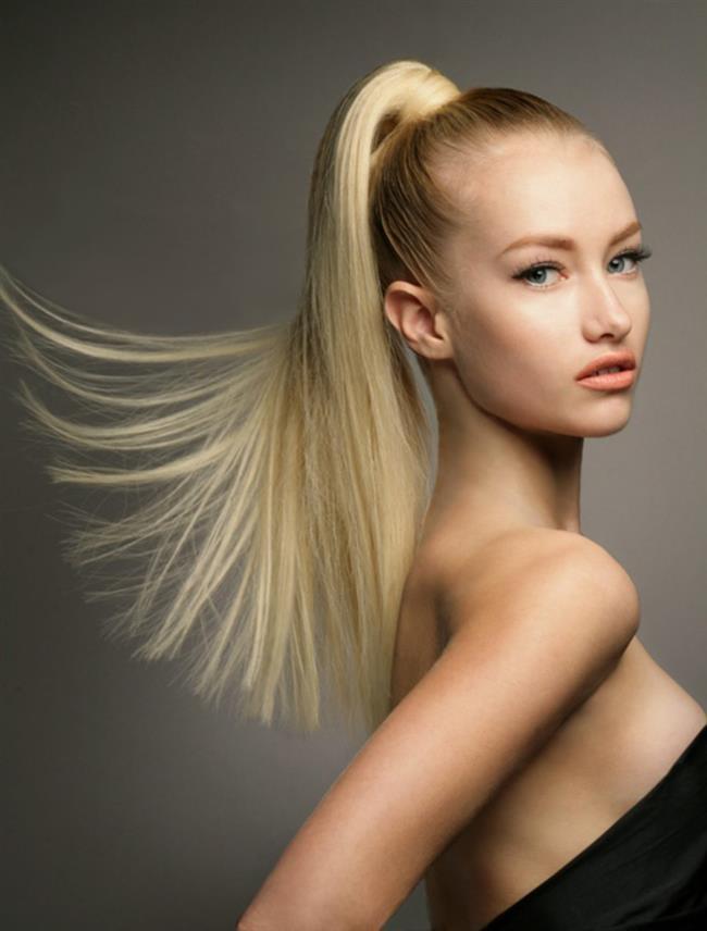 Başak Burcu:  Mükemmelliyetçi ve mantıklı tavırlarıyla tanınan başak kadınları için titizlik her zaman önemlidir. Saçlarında kolay kolay değişiklik yapamazlar. Fakat günlük yaşantısında gösterdiği titizliği saçlarında da gösterirler. O yüzden başak kadınları dağınık saçlar yerine at kuyruğu veya topuz saç modellerini tercih ederler.