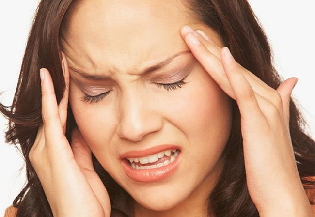 6 numaralı noktaya mandalla basınç uygulamak baş ağrılarınızı da geçirmeye yardımcı olacaktır