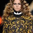 Yeni Saç Trendi: Zikzak Bukle - 13