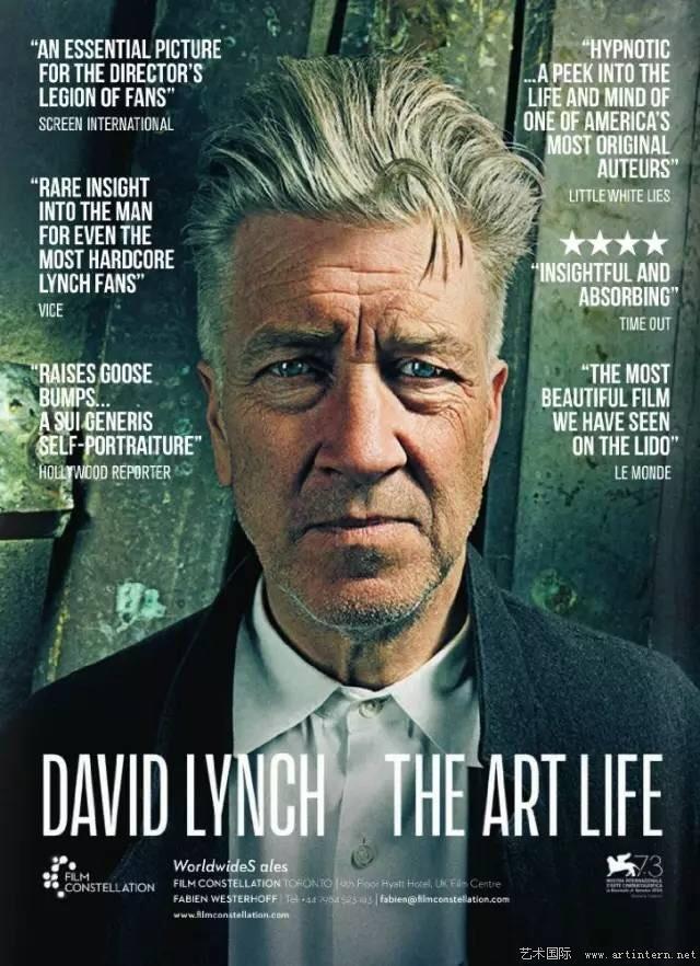 David Lynch: The Art Life  David Lynch'e tam da İkiz Tepeler'in yeni bölümleriyle bir kez daha âşık olmadan önce, biraz geçmişe gidip sanatla haşır neşir olduğu yıllara bakmak ister misiniz? Amerika'da küçük bir kasabadaki çocukluk yıllarından, Philadelphia'nın karanlık sokaklarına doğru yol aldığımız, Lynch'i Lynch'in ta kendisinden dinlediğimiz enfes ve samimi bir yolculuk bu. Sinemanın bu nev-i şahsına münhasır kişiliğinin küçük karanlık anlarına tanıklık ettiğimiz David Lynch: Yaşam Sanatı onun çocukluğunu anlattığı, resim yaptığı, kısa filmlerini çektiği yıllara götürüyor seyirciyi. Jon Nguyen'in ustalıkla bir araya getirdiği arşiv görüntüleri Lynch'in muazzam hikâye anlatıcılığıyla birleşince, Lynch filmlerinden alışık olduğumuz tuhaf ve büyüleyici bir iç yolculuğun girdabına kapılıyoruz.  Vizyon Tarihi:  24 Mart 2017