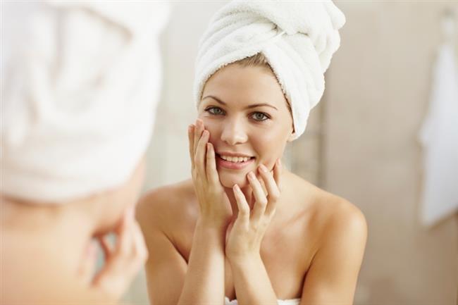 Tonla para vererek kozmetik veya cilt bakım ürünlerine para verdiğiniz halde cildinizde ki kusurlar devam ediyorsa bazı alışkanlıklarınızdan vazgeçmeniz gerekebilir.