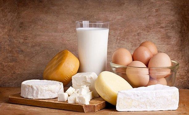 Beslenme:  Yeşil sebzeler, düşük yağlı havyansal proteinler, süt ve süt ürünlerini tercih etmelidirler.