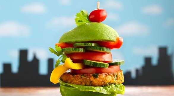 Beslenme:  Beslenme olarak vejetaryen bir diyet takip etmelidirler.