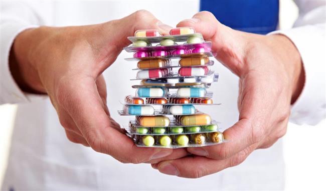 Hekiminizin önerdiği ilaçları kullanın   Hastalığınızın hekiminiz tarafından teşhisinden sonra, hastalığınıza uygun öksürük baskılayıcı, ağrı kesici ve burun tıkanıklığı giderici ilaçlar kullanabilirsiniz.