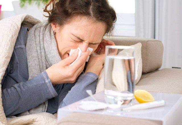Gribi ciddiye alın   Grip küçük bir sorun değildir; düşündüğünüzden daha ciddi problemler yaratabilir. Özellikle bebekler, küçük çocuklar, yaşlılar ve hamileler için çok tehlikeli olabilir. Bu nedenle her yıl düzenli olarak grip aşınızı yaptırın.