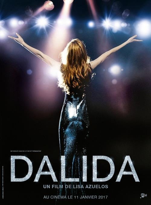 """Dalida (28 Nisan)  Kahire'de doğan, 50'lerde ün kazanan, Youssef Chahine'in """"Le Sixième Jour"""" adlı filminde oynayan, Fransızca, İspanyolca, Arapça, İbranice, Almanca ve İtalyanca şarkıları olan müzik ikonu Dalida'nın gerçek öyküsüne dayanıyor. 55 altın plak sahibi, tüm zamanların en ünlü şarkıcılarından Dalida'nın hayatının anlatıldığı filmde sadece Gigi L'amoroso ile uluslararası müzik dünyasında büyük üne, içsel bir arayışla çıktığı Hindistan yolculuğu, disko müziğinin altın yıllarında yeniden parlayışı, trajik ölümü gibi pek çok olaya yer veriliyor.Yönetmen koltuğunda Lisa Azuelos otururken, senaryosu da Azuelos ve Dalida'nın kardeşi ve yapımcısı olan Orlando kaleme aldı."""