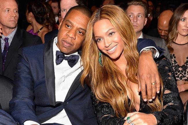 Beyoncé ve Jay-Z ilişkisinin de fitilini ateşleyen bir müzik klibiydi. 002'de Jay-Z'nin Bonnie And Clyde şarkısında ve klibinde yer alınca aralarında aşk dedikoduları da çıktı. O dönem sadece arkadaş olduklarını söyleseler de, sonrasında olanları biliyoruz.
