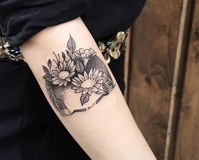 Birbirinden Güzel Çiçek Dövmeleri  Önerileri - 73