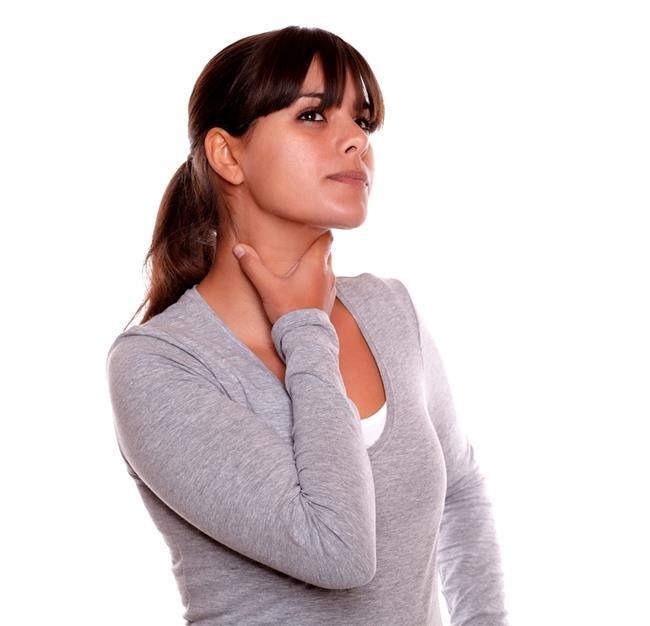 6. Ses tellerine ait hareket bozuklukları  Ses tellerinin hareketini sağlayan kasları, bunun için özelleşmiş sinirler çalıştırıyor. Her iki ses teli için ayrı olan bu sinirleri etkileyen çeşitli durumlar ses tellerinin hareketlerini kısıtlayıp ses kısıklığına yol açabiliyor. Bu durumlar arasında çeşitli nörolojik bozukluklar, sinirin uzandığı yol boyunca siniri etkileyen çeşitli hastalıklar ve kitleler sayılabileceği gibi, bazen bu bölgeye yapılan, özellikle tiroid ameliyatı gibi cerrahi işlemler de etken olabiliyor. Ses tellerinin sinirine ait bozukluklardan şüphelenilmesi durumunda Kulak Burun Boğaz uzmanı, Nöroloji ve Göğüs Hastalıkları uzmanlarının ortaklaşa değerlendirilmesi sonucu tanı ve tedaviye ulaşılabiliyor.