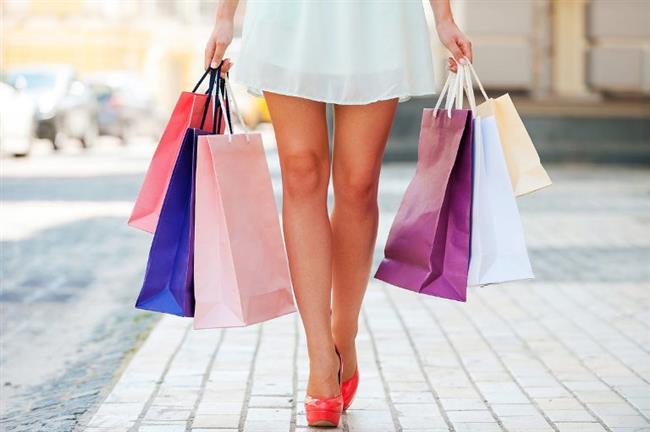 • Alışveriş Poşetini İki Elinize Bölün   Alışveriş poşetlerini tek elle taşımak yapılan en büyük yanlışlardan. Bel sağlığınız için ağırlığı iki elinize eşit yük alarak, gövdeye yakın taşımaya dikkat edin. Fazla ağırlıktan mutlaka kaçının. Aynı zamanda ağırlığını bilmediğiniz veya tahmin edemediğiniz yükleri kaldırmaktan kaçının. Ağır da olsa hafif de olsa, bu durumlar beli zorlayabilir.